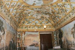 dettaglio di affreschi interni del villa abbati